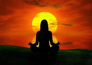 медитация для привлечения любимого капелька на ладони